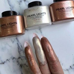 Makeup Revolution Pearl Lights Loose Highlighter